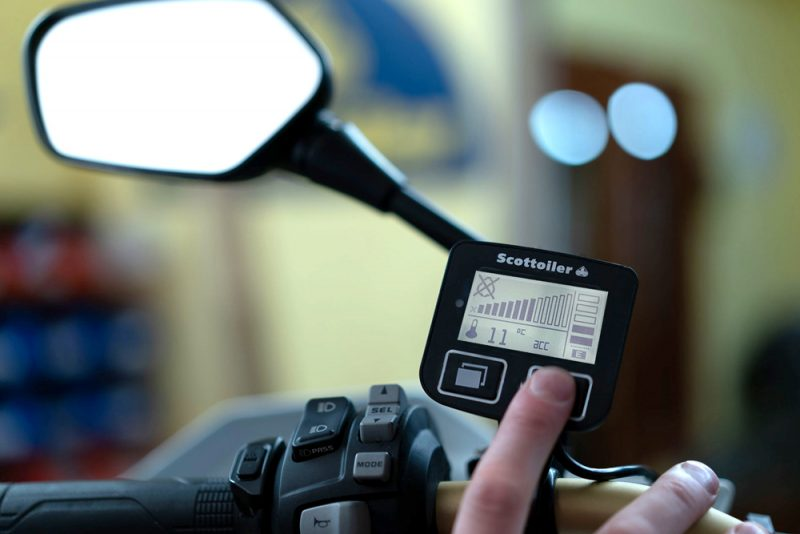 scottoiler-eSystem-display-electronic-chain-oiler